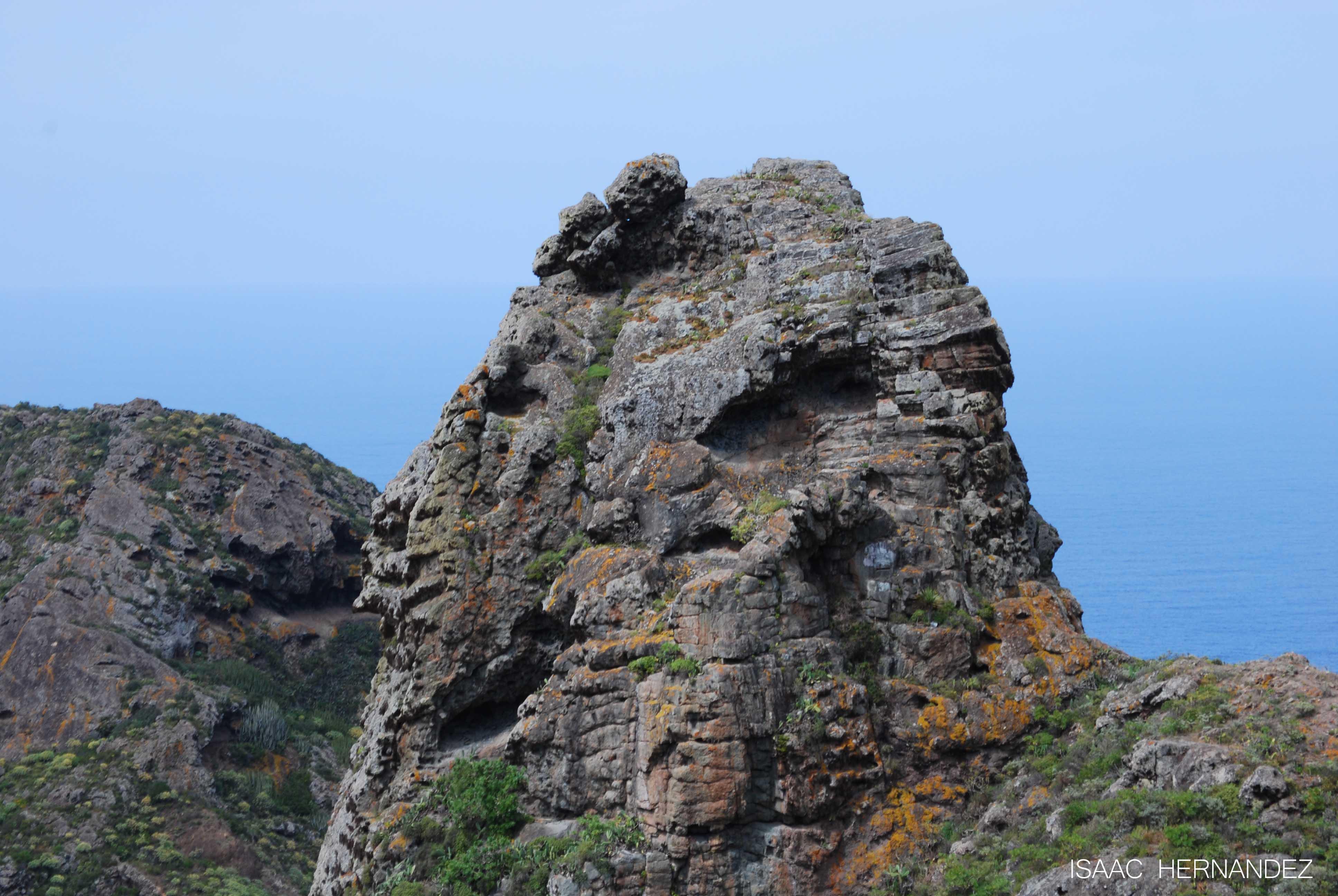 El le n de piedra anaga a d nde vamos hoy en tenerife for Las rocas tenerife