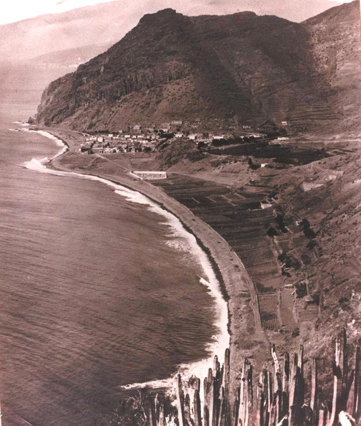 Playa de las Teresitas, año 1930.