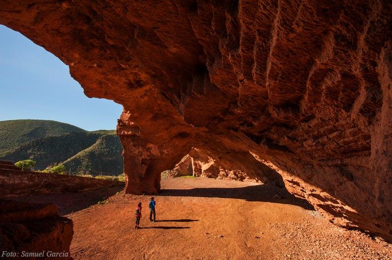 cueva roja santacruz